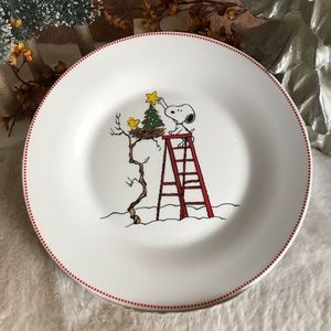 Snoopy Peanuts Gang White Christmas Dining Plate